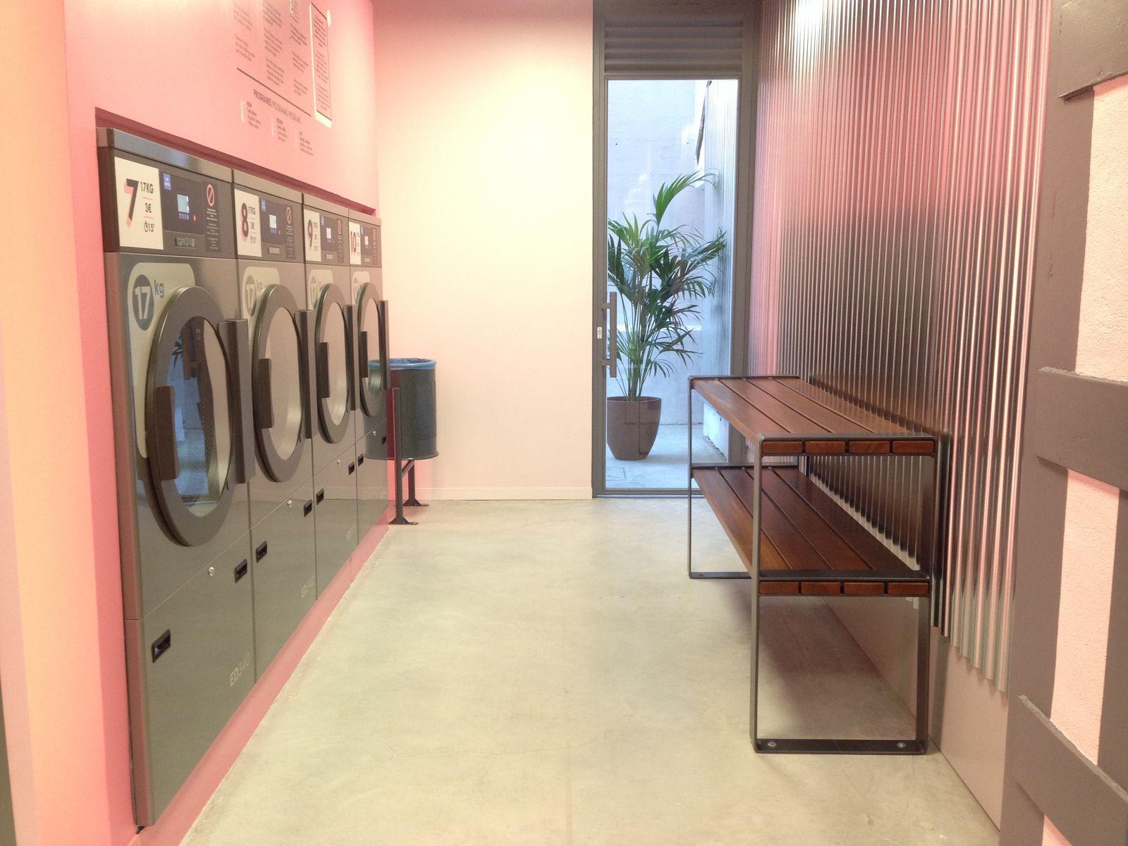 Bancos personalizados para lavanderías