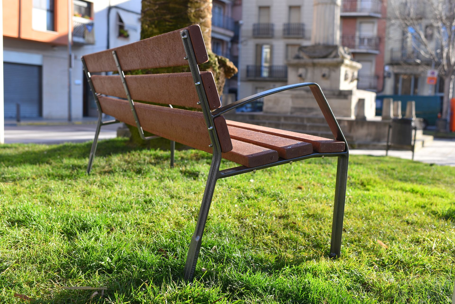 Bancos de madera para exterior modo 08 for Banco madera jardin carrefour