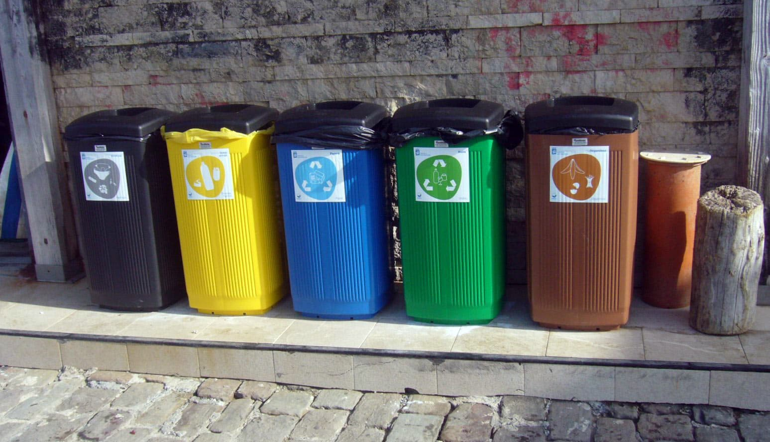 papeleras plástico toscana reciclaje